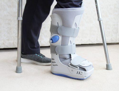 Para que serve a bota ortopédica? Conheça seus benefícios