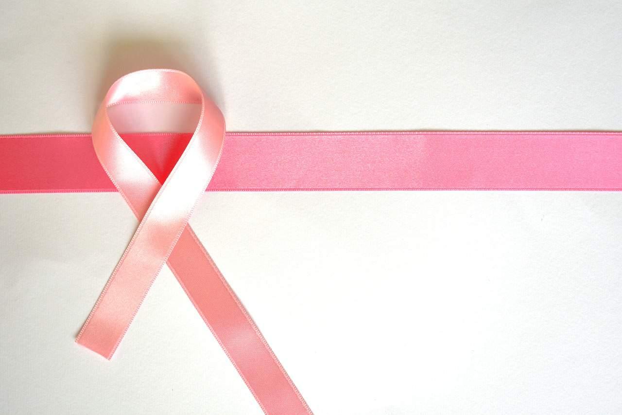 Outubro Rosa: a importância da prevenção do câncer de mama