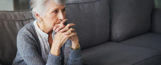 como identificar a confusao mental em idosos em 4 passos