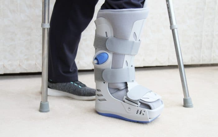 bota ortopédica | para que serve a bota ortopédica