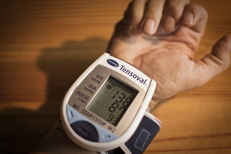 pressão arterial alta   quando a pressão é considerada alta