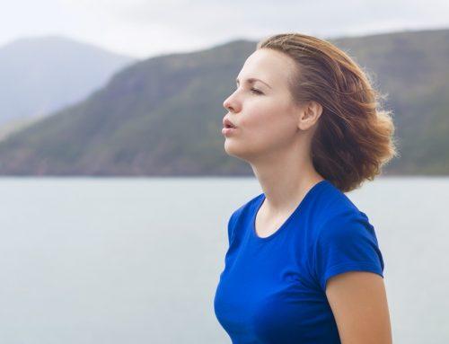 Como controlar a ansiedade com exercícios respiratórios?