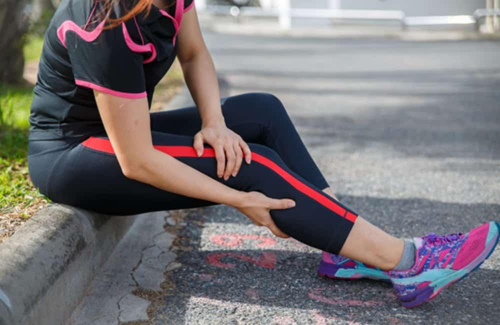 câimbras nas pernas como surgem e como prevenir