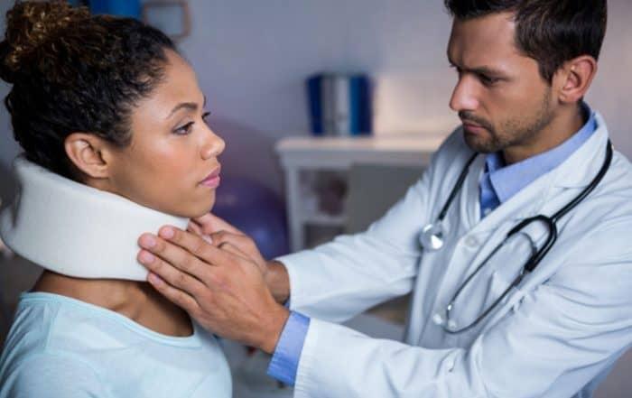 colar cervical | como usar colar cervical
