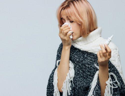 O que é rinite: sintomas, tratamentos e como evitar