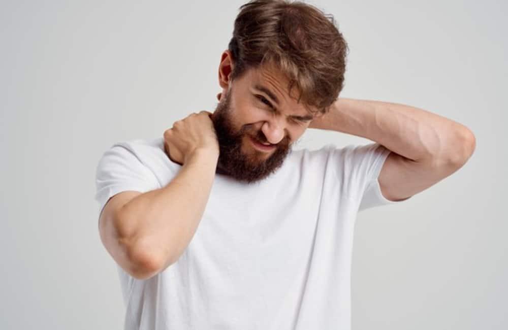 dor na coluna cervical